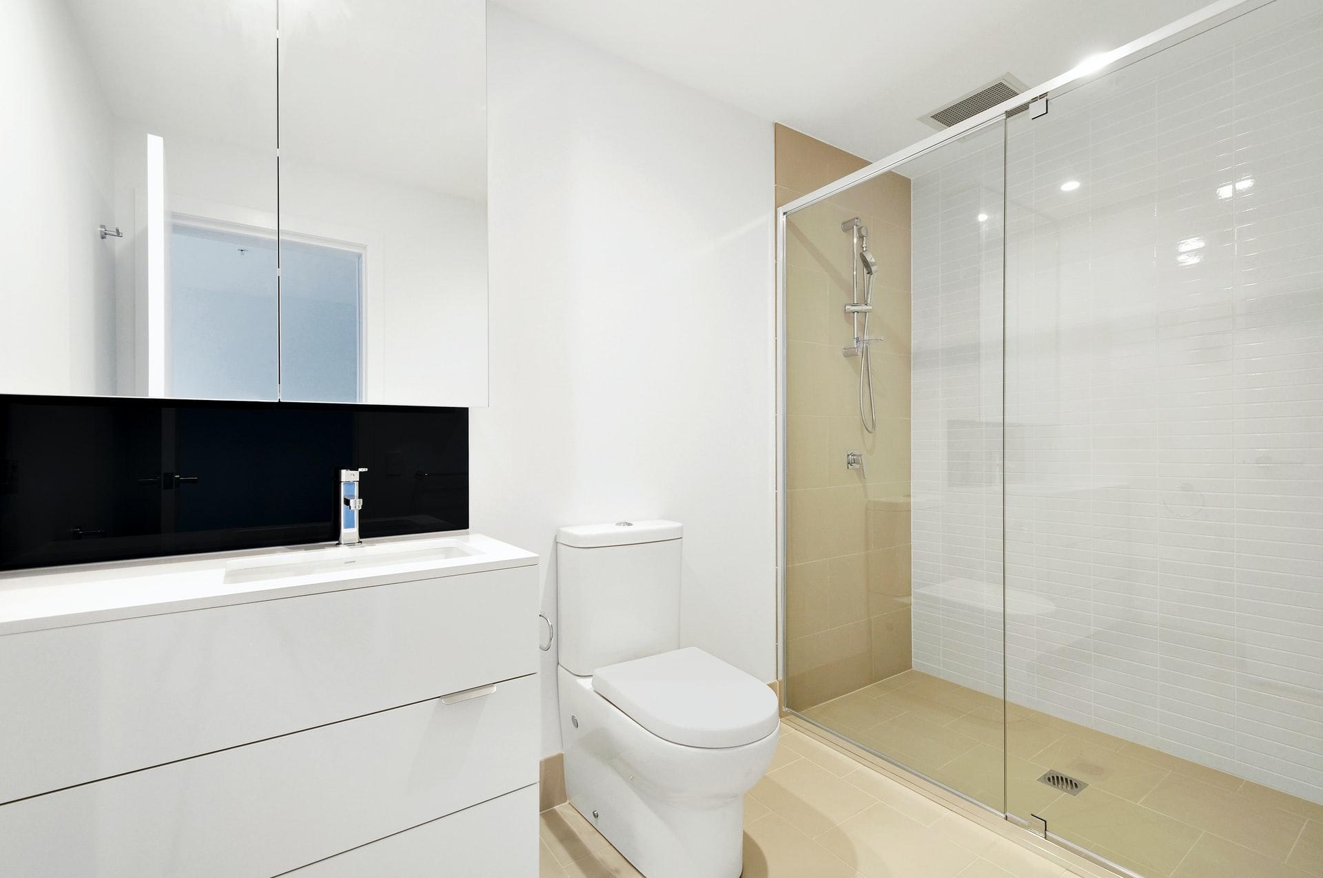 televisie in de badkamer